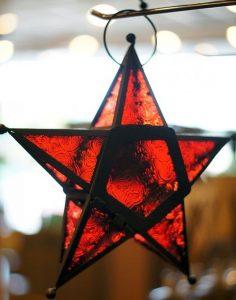 Estrela de vidro vermelha - Fonte: squidoo.com